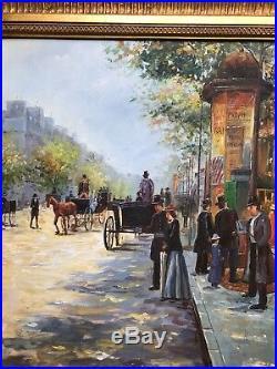 Original Oil on Canvas of Paris street scene. In beautifal gold leaf Frame